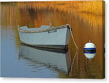 Cape Cod Harbor Dinghy Canvas Print by Juergen Roth