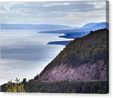 Cape Smokey Lookout Canvas Print by Janet Ashworth