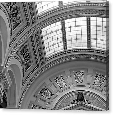 Capitol Architecture - Bw Canvas Print by Jenny Hudson