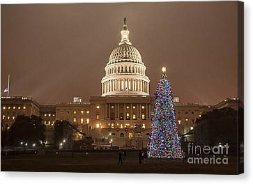 Capitol Christmas Canvas Print by Terry Rowe