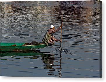 Cartoon - Man Plying A Wooden Boat On The Dal Lake Canvas Print by Ashish Agarwal