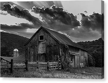 Casey's Barn-black And White  Canvas Print by Thomas Schoeller
