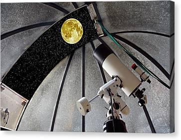 Cassegrain Telescope And Moon Canvas Print by Victor De Schwanberg