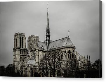 Cathedral Of Notre Dame De Paris Canvas Print by Marco Oliveira