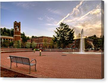 Central Plaza Bench At Wcu Canvas Print by Greg Mimbs