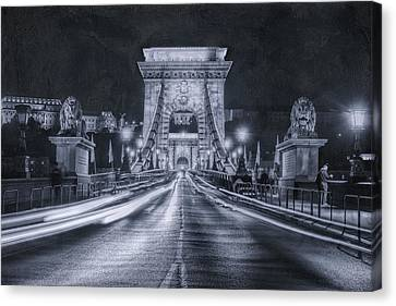 Chain Bridge Night Traffic Bwii Canvas Print by Joan Carroll