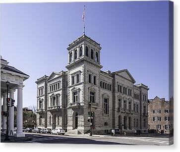 Charleston Post Office And Courthouse Canvas Print by Lynn Palmer