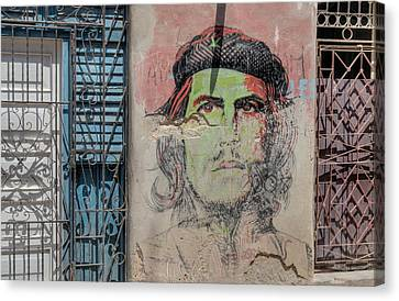 Che On Broken Stucco. Canvas Print by Rob Huntley