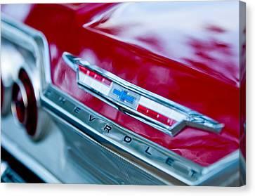 Chevrolet Impala Emblem 3 Canvas Print by Jill Reger