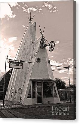 Cheyenne Wyoming Teepee - 04 Canvas Print by Gregory Dyer