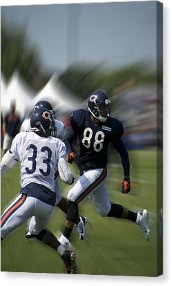 Chicago Bears Te Dante Rosario Training Camp 2014 03 Canvas Print by Thomas Woolworth