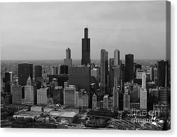 Chicago Looking West 01 Black And White Canvas Print by Thomas Woolworth