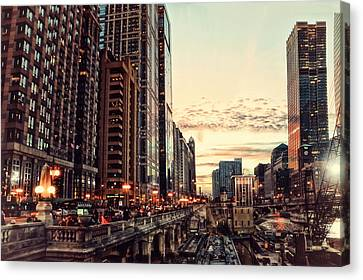 Chicago River November Hdr Canvas Print by Thomas Woolworth