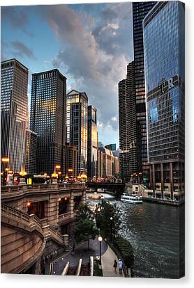 Chicago River - The Mag Mile 003 Canvas Print by Lance Vaughn