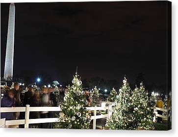 Christmas At The Ellipse - Washington Dc - 01135 Canvas Print by DC Photographer