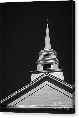Church Steeple Stowe Vermont Canvas Print by Edward Fielding