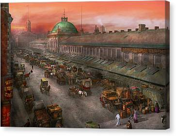 City - Boston Mass - Morning At The Farmers Market - 1904 Canvas Print by Mike Savad