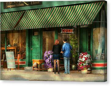 City - Canandaigua Ny - Buyers Delight Canvas Print by Mike Savad