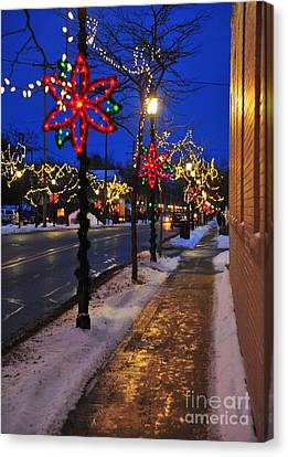 Clare Michigan Decorated For Christmas 2 Canvas Print by Terri Gostola