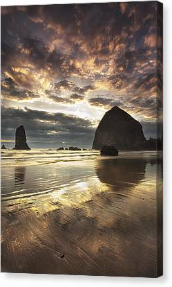 Clearing Skies At Cannon Beach Canvas Print by Andrew Soundarajan
