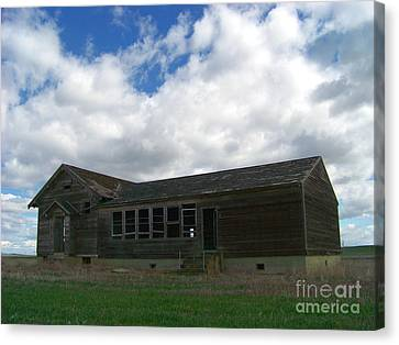 Clyde Schoolhouse Canvas Print by Charles Robinson