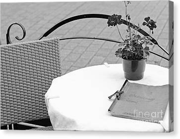 Come Dine With Me Canvas Print by Pati Photography