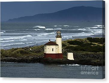 Coquille River Lighthouse Oregon 2 Canvas Print by Bob Christopher