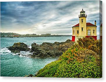 Coquille River Lighthouse Canvas Print by Priscilla Burgers