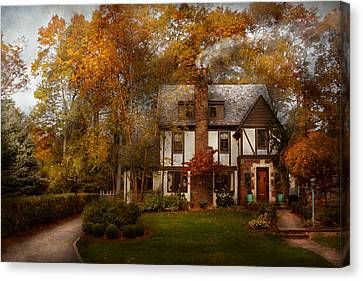 Cottage - Westfield Nj - A Home Like Any Other Canvas Print by Mike Savad