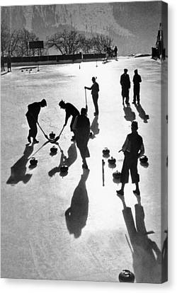 Curling At St. Moritz Canvas Print by Underwood Archives