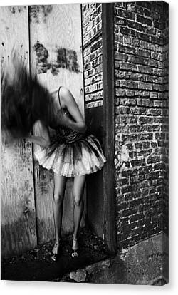 Dancer In The Alley Canvas Print by Jon Van Gilder