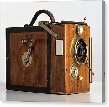 Debrie Parvo Film Camera Canvas Print by Dorling Kindersley/uig