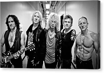 Def Leppard - Mirrorball Tour 2011 B&w Canvas Print by Epic Rights