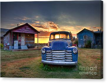 Delta Blue - Old Blue Chevy Truck In The Mississippi Delta Canvas Print by T Lowry Wilson