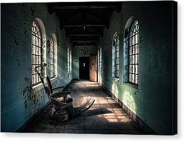 Dentists Chair In The Corridor Canvas Print by Gary Heller
