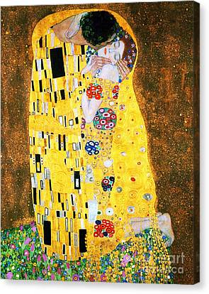 Der Kuss Or The Kiss By Gustav Klimt Canvas Print by Pg Reproductions