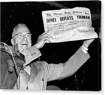 Dewey Defeats Truman Newspaper Canvas Print by Underwood Archives
