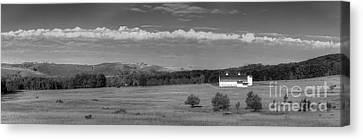Dh Day Farm In Black And White Canvas Print by Twenty Two North Photography