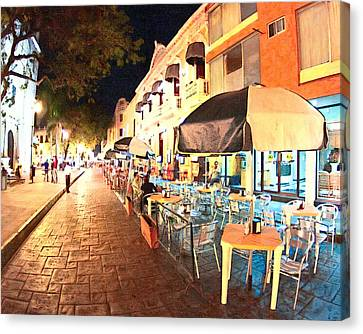 Dining Al Fresco In Merida Canvas Print by Mark Tisdale