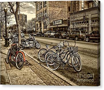 Downtown Coeur D'alene Idaho Canvas Print by Scarlett Images Photography