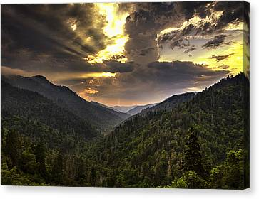 Drama At Day's End Canvas Print by Andrew Soundarajan