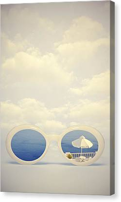Dreaming Of Holidays Canvas Print by Joana Kruse