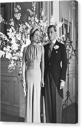 Duke And Duchess Of Windsor Canvas Print by Underwood Archives