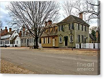Duke Of Gloucester Street In Williamsburg Canvas Print by Olivier Le Queinec