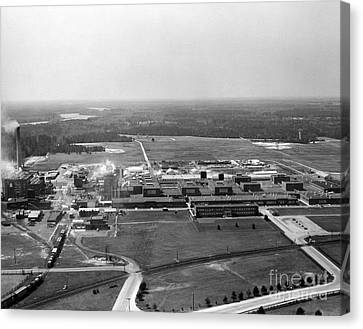 Dupont Seaford Factory Site, 1940s Canvas Print by Hagley Archive