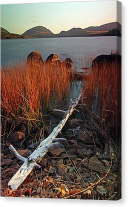 Eagle Lake At Autumn Canvas Print by Juergen Roth