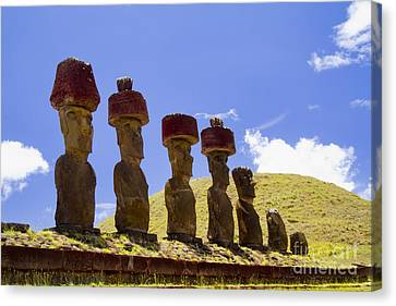 Easter Island Statues  Canvas Print by David Smith