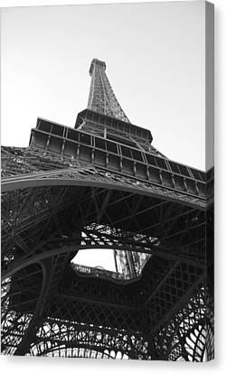 Eiffel Tower B/w Canvas Print by Jennifer Ancker