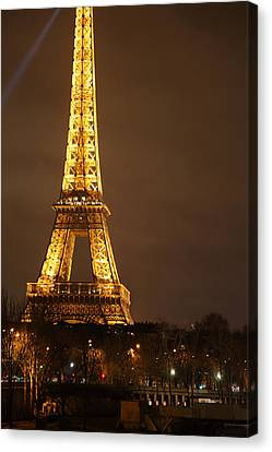 Eiffel Tower - Paris France - 011324 Canvas Print by DC Photographer