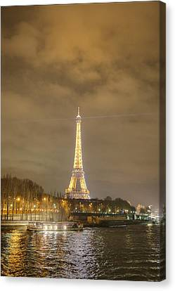 Eiffel Tower - Paris France - 011339 Canvas Print by DC Photographer